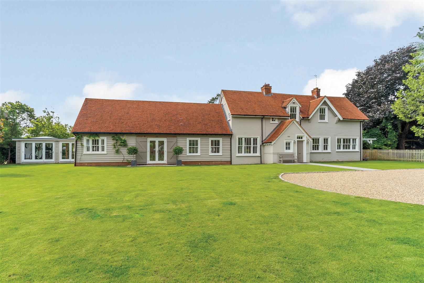 Henley-On-Thames, Oxfordshire 4 Bedrooms