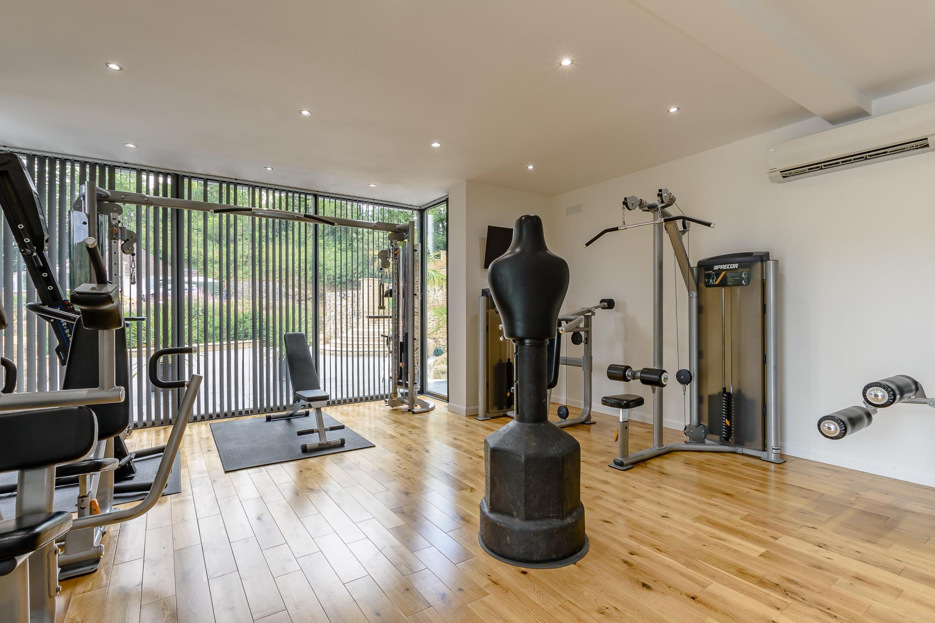 Scarborough, Yorkshire, 4 Bedrooms Home Gym