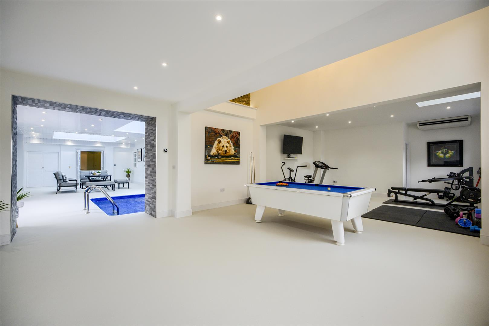 Stourport-On-Severn, Worcestershire, 7 Bedrooms Home Gym