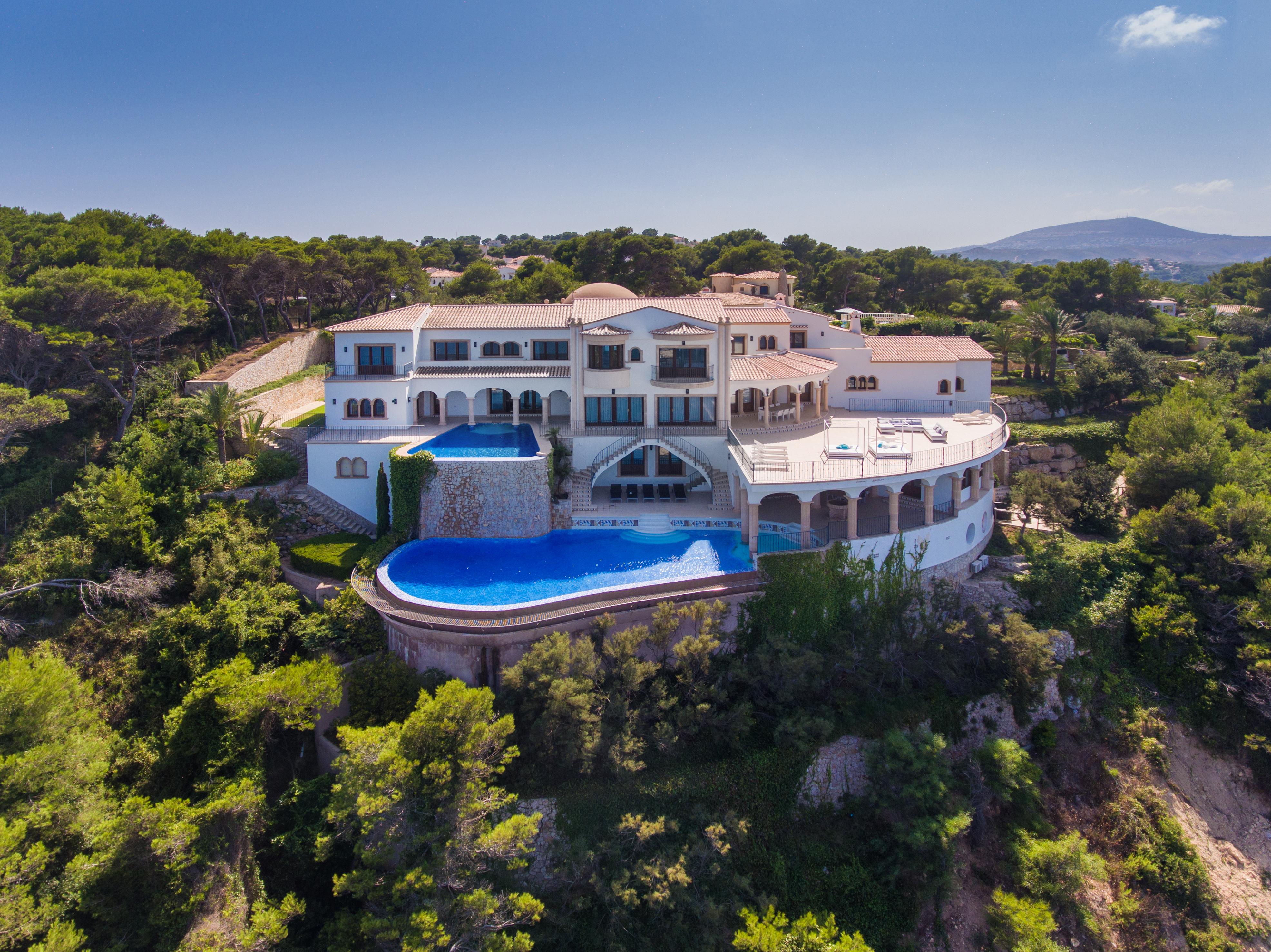amazing luxury Spanish villa mansion on cliff edge international