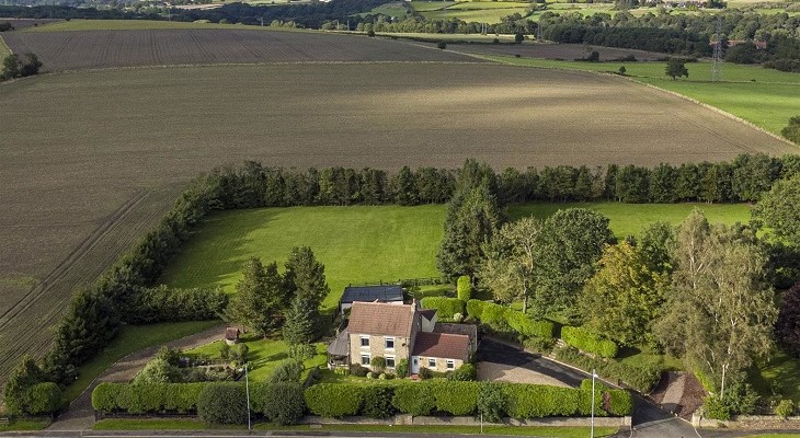 beautiful_country_home_in_broompark_durham_fine_and_country