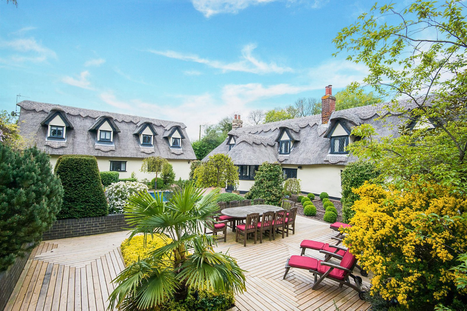 beautiful English country thatched character cottages equestrian