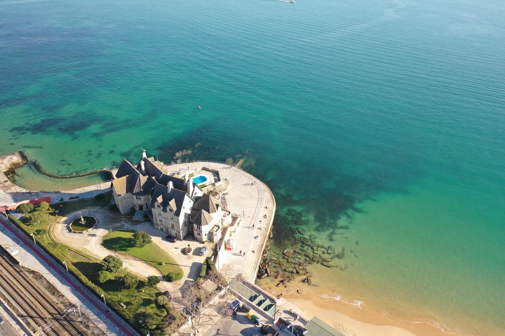 castle palace sproperty on the coast beachfront villa portugal