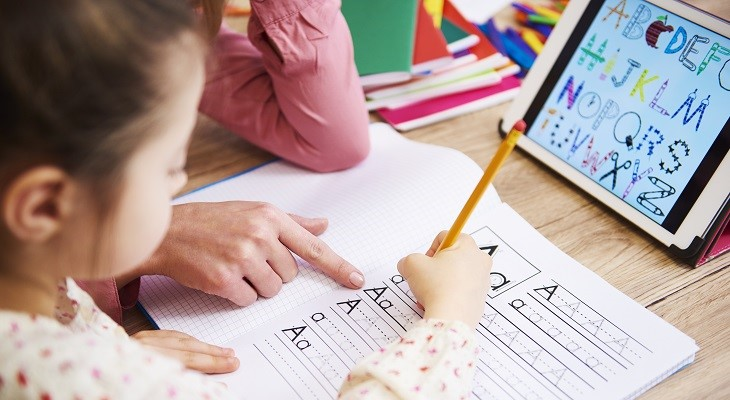 10 Tips for Working Parents and Homeschooling