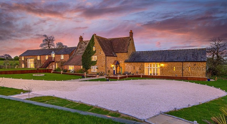 ecton_northamptonshire_stone_country_house_fine_and_country