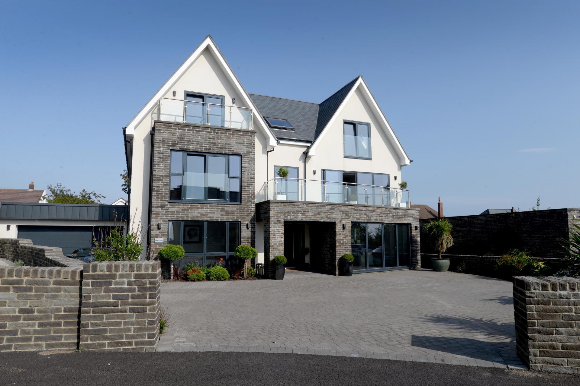 grand contemporary modern glass seaside coastal house