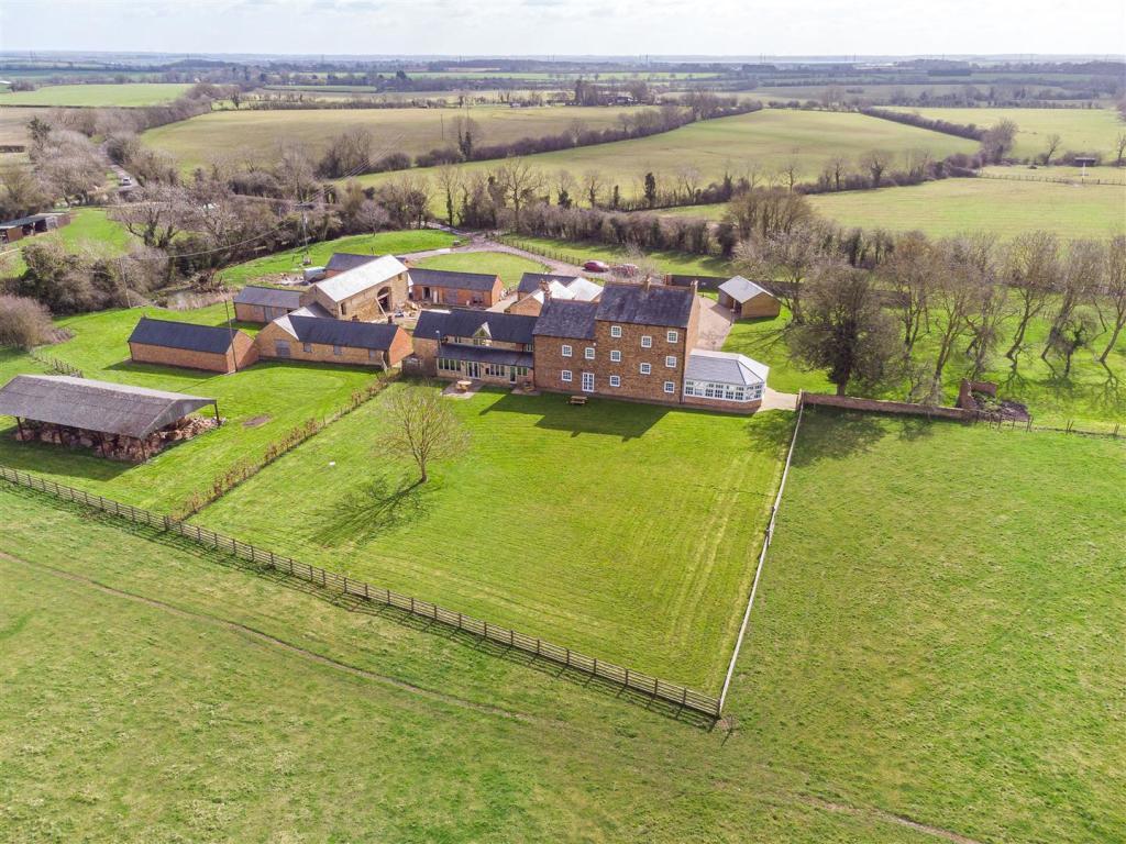 Hardwick lodge in Northamptonshire