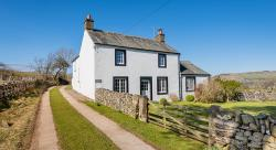 Lakeside Lifestyle: 10 Properties in the Lake District