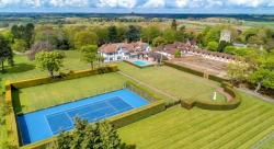 15 – Love: 10 Properties with Tennis Courts