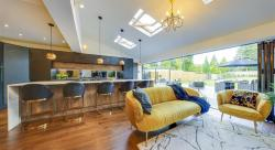 The Benefits of an Island Kitchen