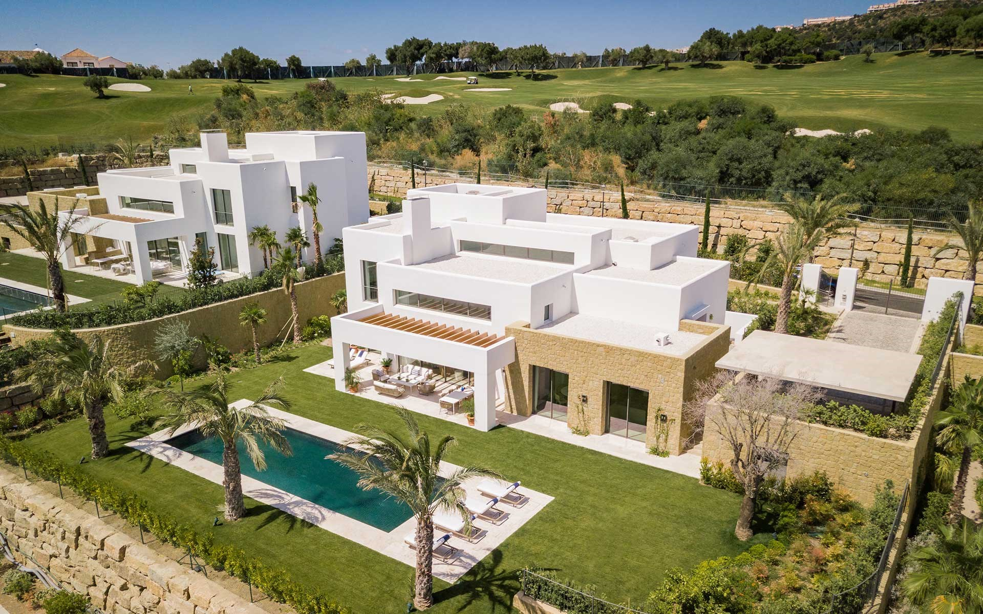 modern 5-star villa on golf course