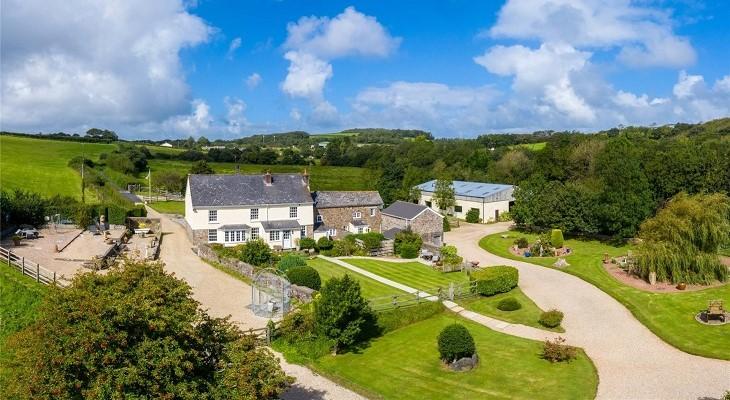 north_devon_beautiful_rural_farmhouse