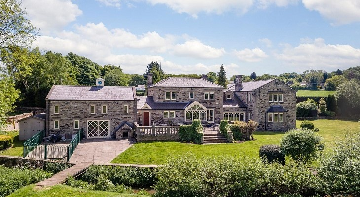 south_yorkshire_barnsley_amazing_stone_built_country_farm_house