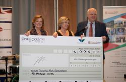 Fine & Country Algarve donates 5,000 euros to charity