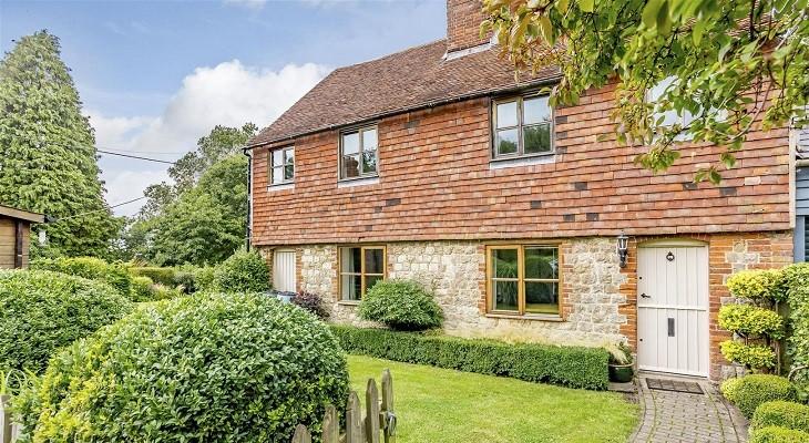 attractive_cottage_in_otham_village_kent