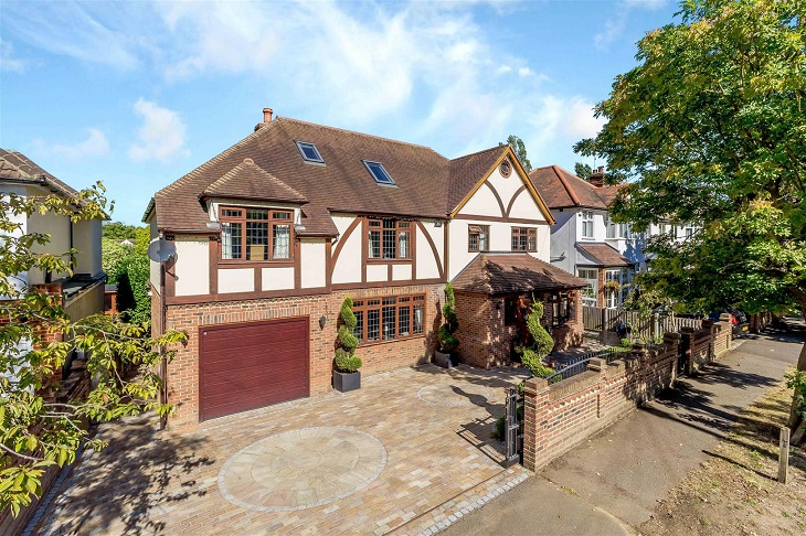 brentwood_house_for_sale_with_7_bedrooms