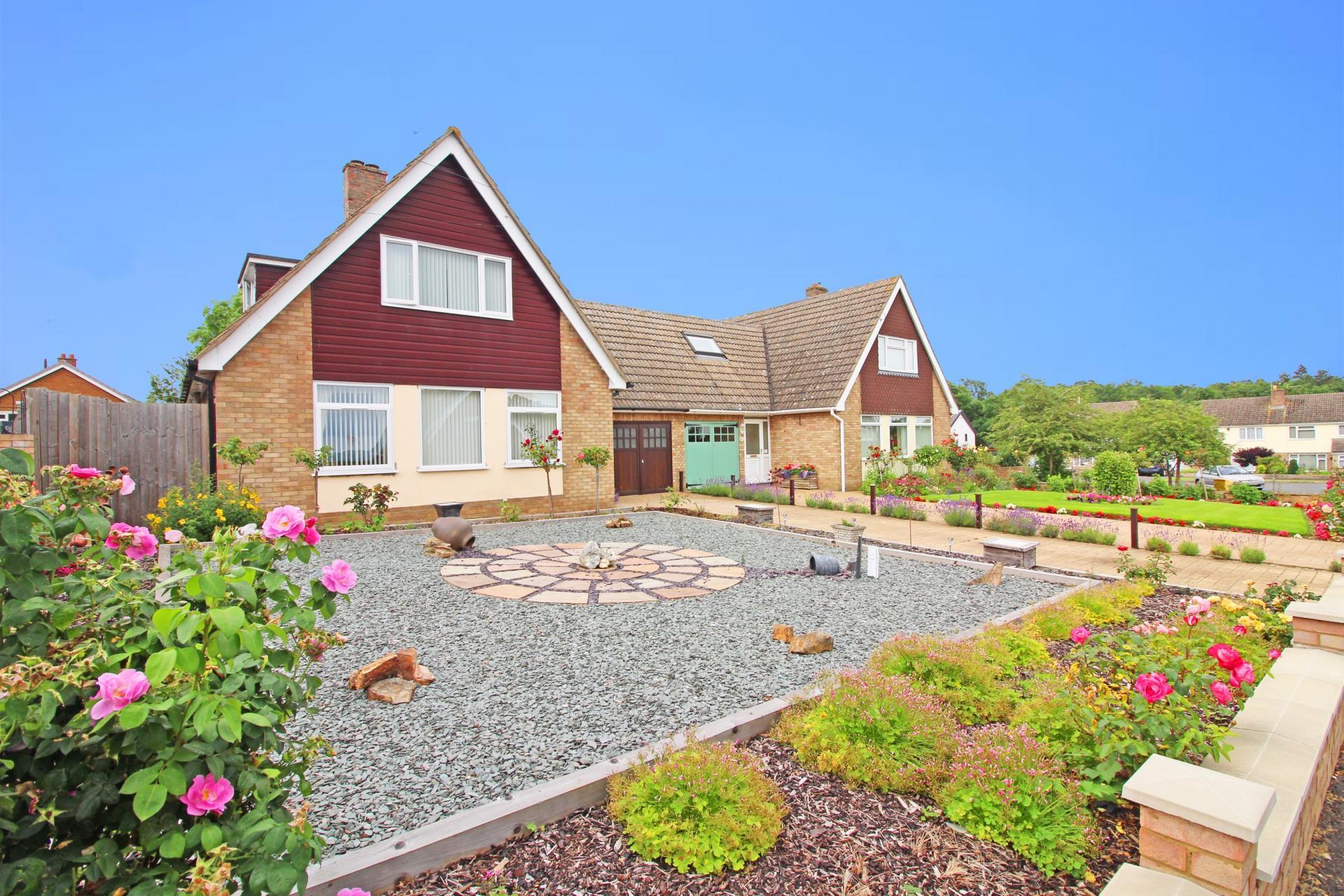 chalet bungalow family home in Great Stukeley Cambridgeshire