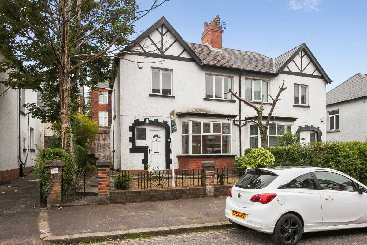 four bedroom character house in Belfast city County Antrim