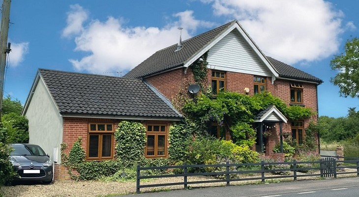 large_family_home_for_sale_in_suffolk_little_stonham