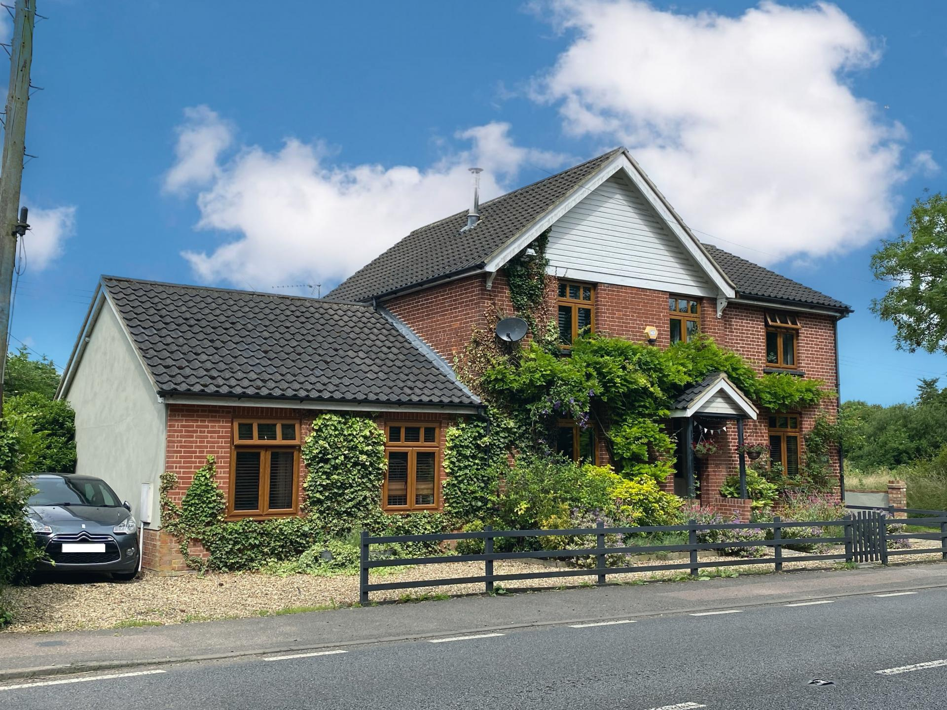 large leafy family home for sale in Suffolk Little Stonham