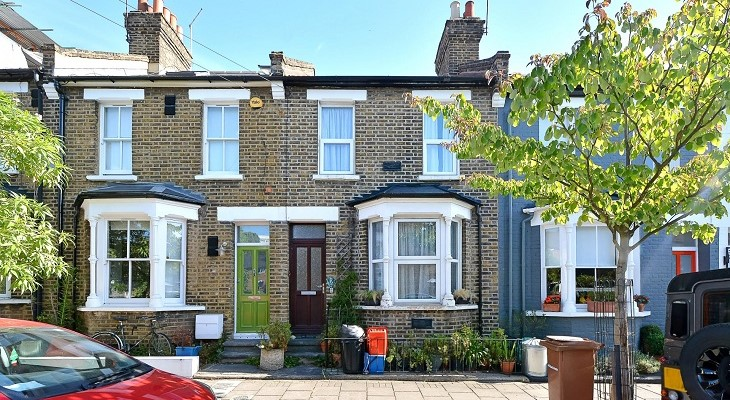 london_terraced_house_summer