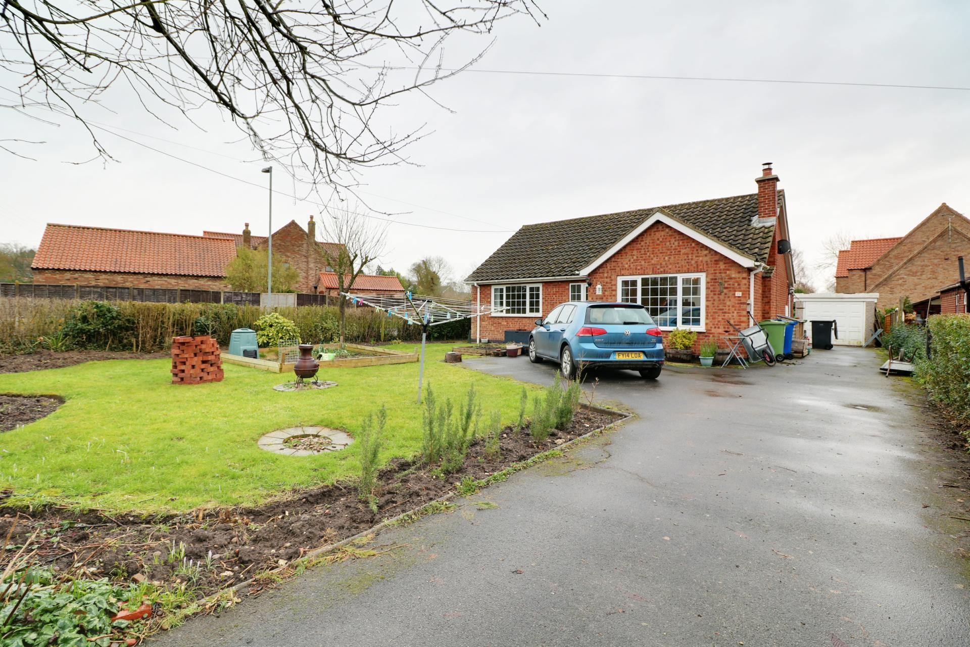 Paul Fox bungalow for sale