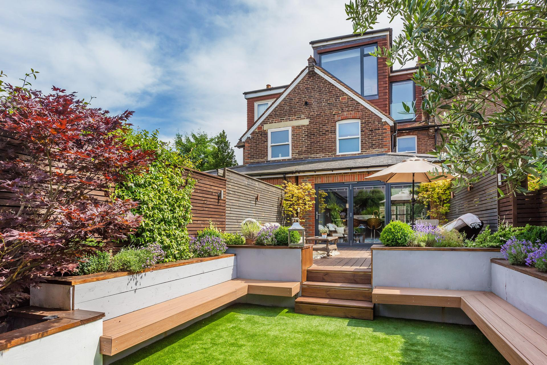 renovated entertaining garden 4 bed house in Reigate surrey