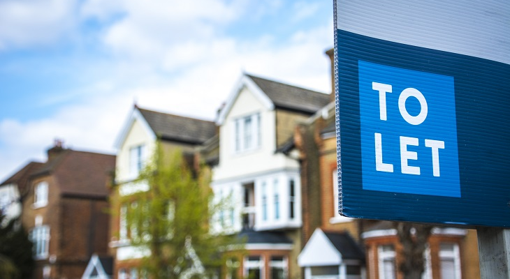to_let_sign_outside_uk_houses
