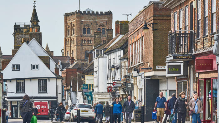 Five Reasons to move to St Albans and the surrounding areas