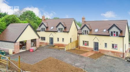 Significant savings on for four new  luxury Herefordshire homes