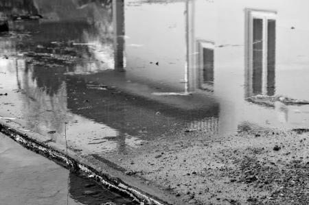 house_rain_large