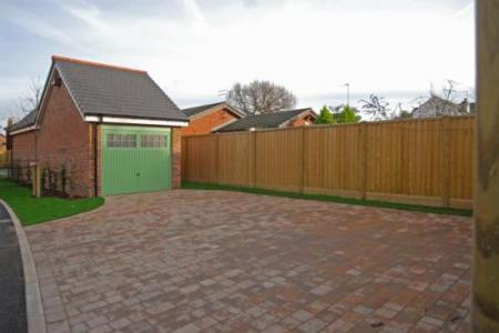 Minshull Court, Chesterfield Road, L23