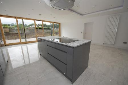 Kitchen Dining Area (5).JPG