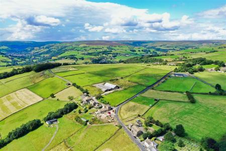 -Littlemoor-Farm-Warley-HX2-7SW21.jpg