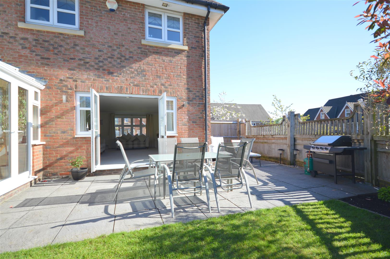 4 Bedroom Detached House For Sale In Chipstead