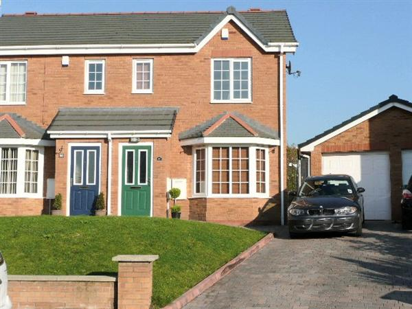 Sprucewood Apartments Floor Plans: 3 Bedroom Semi-Detached House For Rent In Manchester