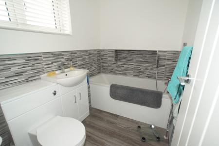amily bathroom
