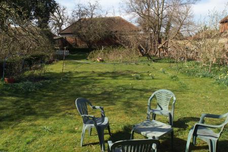 building plot/lawn