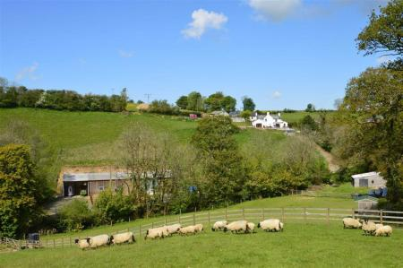 4 Bedroom Detached House For Sale In Beaworthy