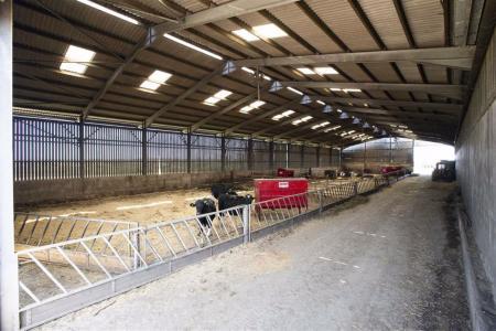 Fertiliser, grain and machinery Building: