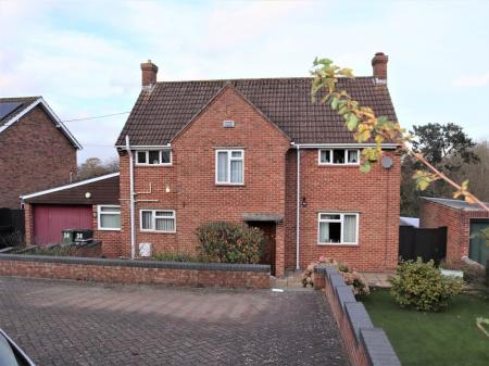 4 bedroom Detached House for sale in Yeovil