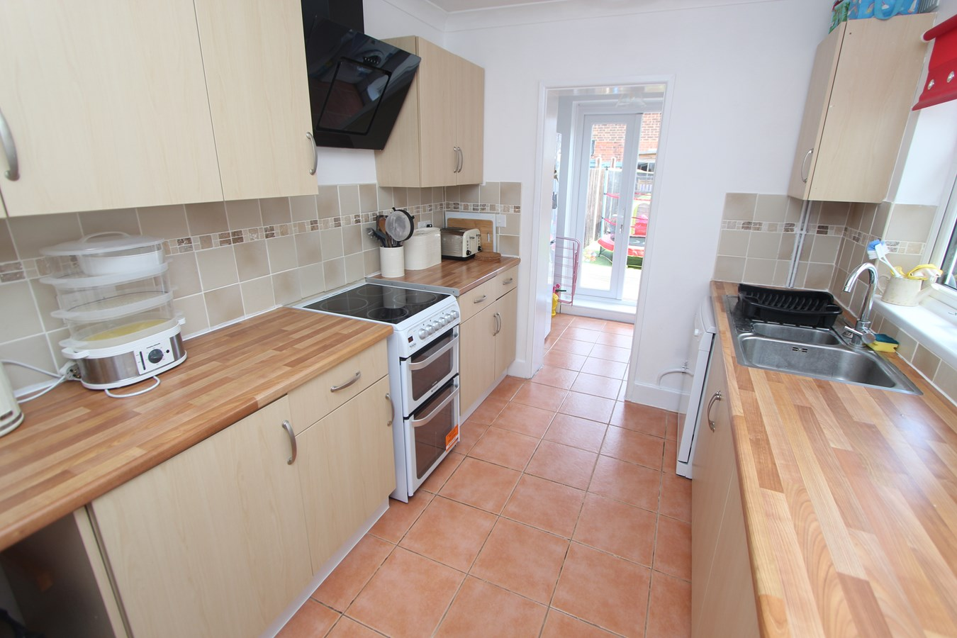 2 bedroom homes 2 bedroom terraced house for sale in southton 7413