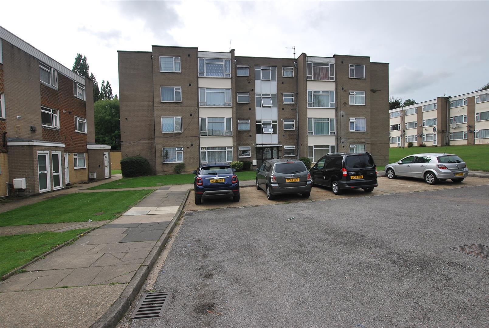 2 bedroom Flat for rent in Wembley