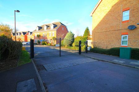 Frimley Green Road, Frimley Green