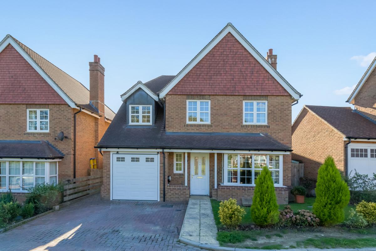 5 Bedroom Detached House For Sale In Uckfield