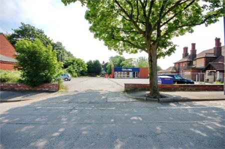 Chester Lane, Sutton Manor, ST HELENS, WA9
