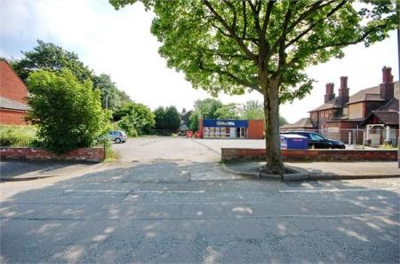 Chester Lane, Sutton Manor, ST HELENS, Merseyside