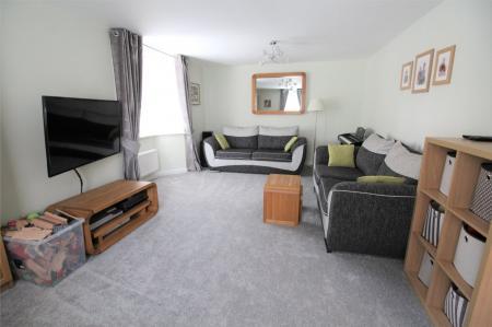 Jubilee Close, Midsomer Norton, Radstock, BA3