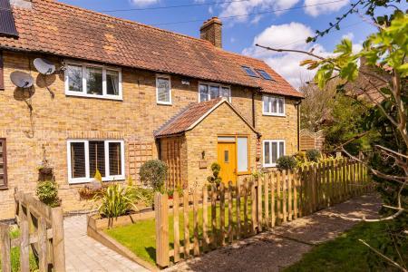 3 Hilltop cottages ferah  (4).jpg