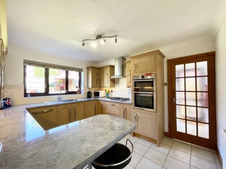 Birlingham Close, Pershore